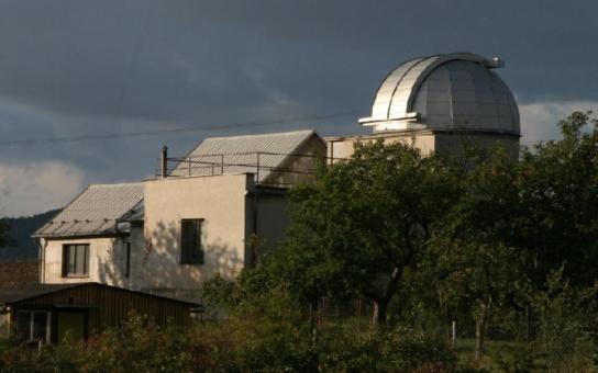 Jičínská hvězdárna se mění v nové Centrum přírodních věd. Podívejte se, jak se mění před očima