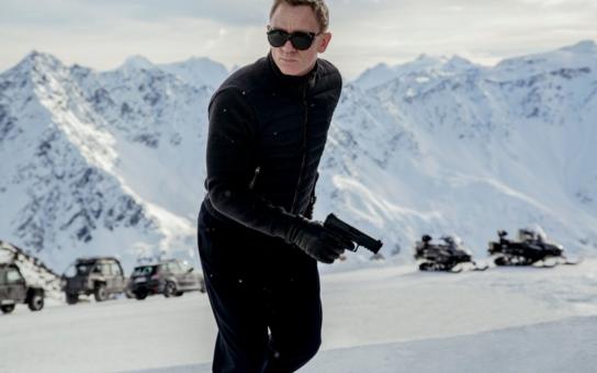 James Bond se vrací ve velkém stylu: Vychází všech 23 bondovek ve speciálních edicích a sběratelských kolekcích, na počest novinky Spectre