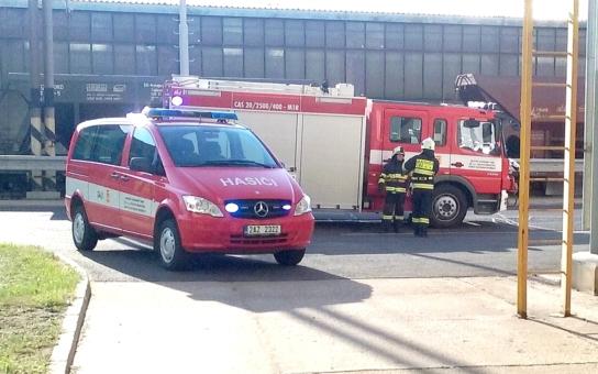 Simulace požáru v rozvodně prověřila připravenost nejen elektrárenských hasičů
