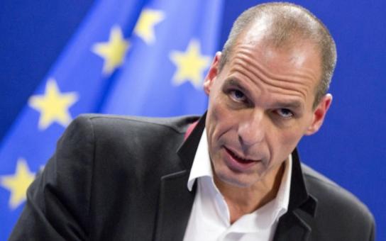 Samé škrty a splácení, které má trvat snad věky. Řecký exministr varuje, Německa už mají  v Evropě plné zuby, a nejde jen o Athény. Také vzpomíná na hnusný nátlak v Bruselu
