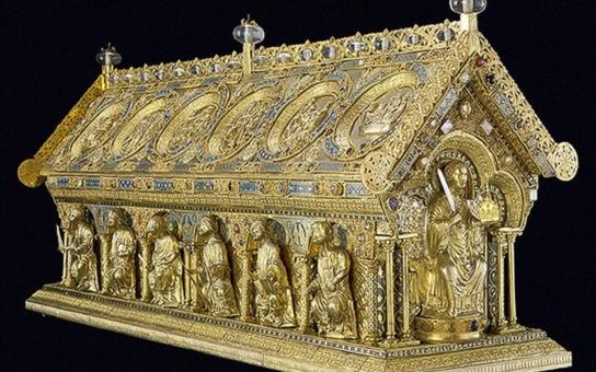 Do Bečova se vrátil opravdový poklad, jeden z největších, jaký u nás byl nalezen. Celý kraj slaví vzkříšení unikátu, který má dobrodružnou historii
