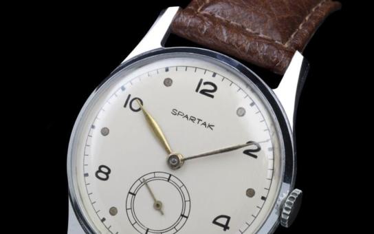 Model ze zlata dostal k testování i prezident. SPARTAK RETRO – odkaz prvních československých hodinek