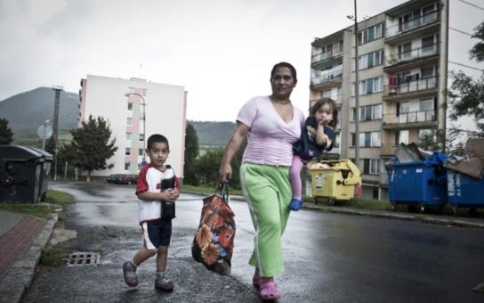 Romů je tu víc a víc, už je to neudržitelné. Je to pořád ten byznys s chudobou, tvrdí starostka ze severu. Není už nejvyšší čas začít takové pomlouvače zavírat? glosuje expolitik