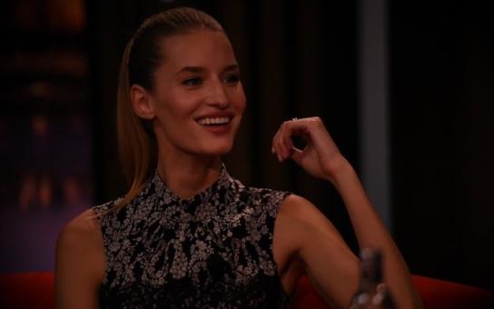 Poznáte to na první pohled. České modelky jsou krásné, ale těm, co žijí zde, čouhá sláma z lodiček od Diora. Koukněte na krásku, která nasála šarm a eleganci v NY