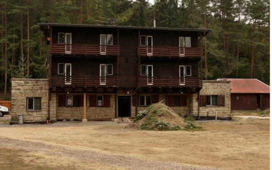Pardubický kraj poskytne milion korun na záchranu Domu bratří Čapků. Jde o unikátní objekt