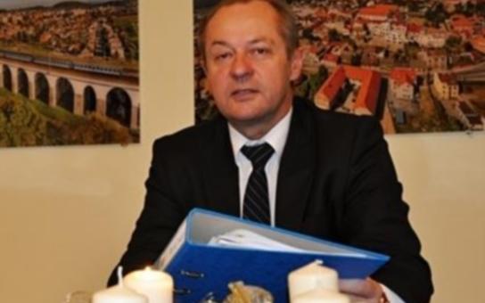 Pokud budou teroristé moci, budou útočit v celé Evropě, říká Babišův starosta z Hranic. Jaké byly skutečné důvody rozpadu komunální koalice?