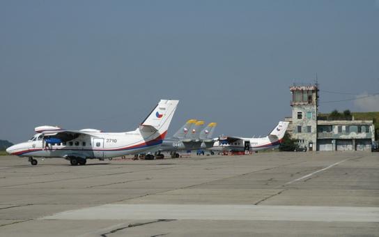 Bezpečnost letiště v Pardubicích je zajištěna, chlácholí hejtman Netolický obyvatele, které znepokojila přeprava vojenského materiálu pro Irák a Kurdy