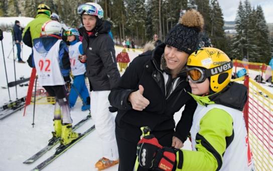 Kateřina Neumannová a hejtman Zimola odstartovali na Lipně Jižní Čechy olympijské. Tematický rok nabídne více než tisíc sportovních akcí pro děti a mládež. Kam můžete vyrazit v nejbližších dnech?