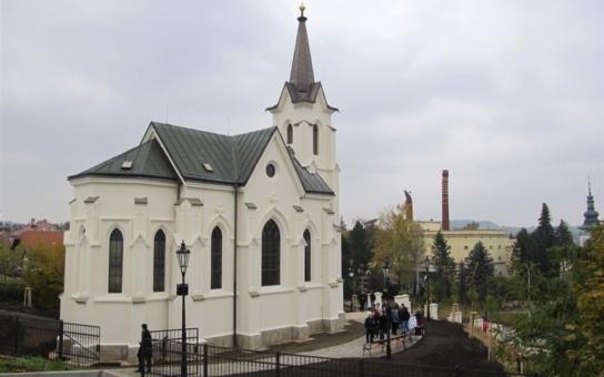Pelhřimovská Kalvárie září po tříleté rekonstrukci v plné kráse. Starosta obdržel za opravu historického skvostu poděkování