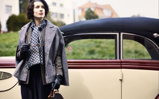 Baarová přišla filmaře pořádně draho, jen kostýmy pro Pauhofovou stály majlant. Budete zírat, kolik a za kolik toho na sebe navlékla. Jaké detaily ještě herečka prozradila?