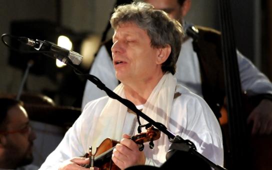 Začal předprodej na kultovní představení Evangelium podle houslí, ve kterém účinkuje Jiří Pavlica a Hradišťan spolu s dvoustovkou zpěváků a muzikantů