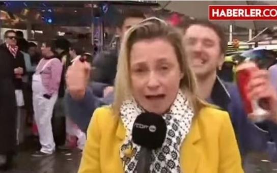 """Mimořádně """"veselý masopust v Kolíně nad Rýnem: Televizní reportérku obtěžovali imigranti během přímého přenosu. Máme video"""