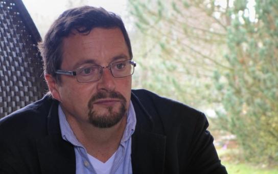 Smutný a osamělý Michal Viewegh: Pád z vrcholu až na dno. Trest za hříchy? Mrazivá noční zpověď nejúspěšnějšího českého spisovatele