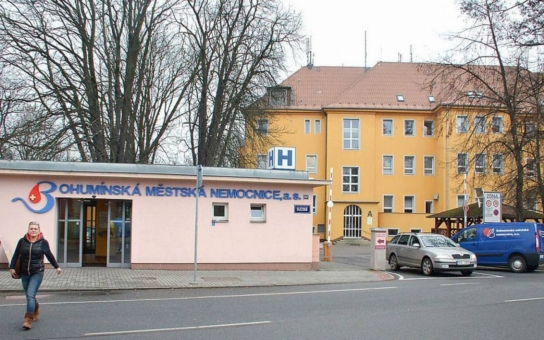 Dva lékaři z interny bohumínské nemocnice byli postaveni mimo službu. Doplatili na pití alkoholu při víkendové noční službě