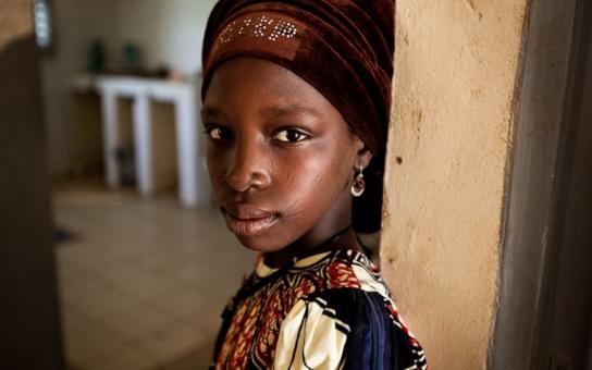 Romeo a Julie v Africe 2016: Ona je unesená otrokyně, kterou vrátili mužům z její rodiny, on velitel Boko Haram. A milují se... Nic není černobílé