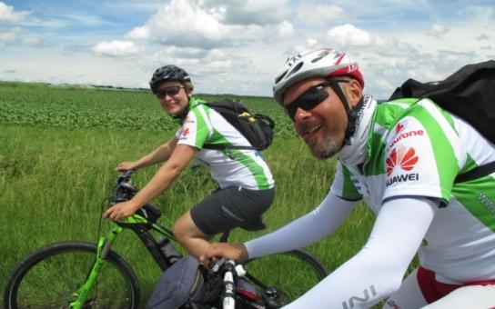 Charitativní túra amatérských cyklistů povede letos i Ústím nad Labem, město je zdarma ubytuje. Zúčastnit se můžete i vy, kdo dřív přijde...