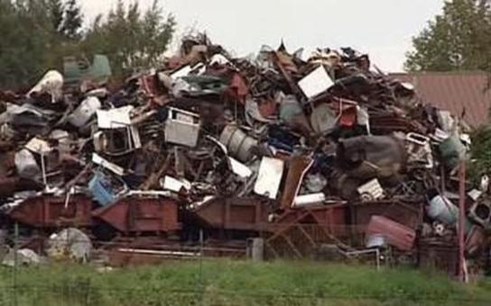 Desetiletá válka o sběrnu v Novém Městě na Moravě je boj s větrnými mlýny. Stavební úřad naprosto selhal, říká zástupce ombudsmanky Křeček