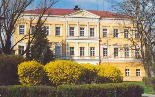 Průmyslovka v Kadani se stala partnerskou univerzitní školou, ČVUT oceňuje kvalitu jejích absolventů. Spolupráce usnadní přechod maturantů na vysokou