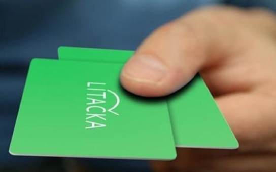 O Lítačku je v Praze enormní zájem, lidé si mění Opencard za novou kartu, ale dorazilo i mnoho občanů, kteří jsou novými uživateli
