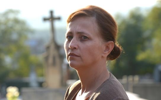 Další ´trapná padesátka´, herečka Alena Mihulová: Z pekla zpět na výsluní. K čemu jí opět pomohla mezírka mezi zuby a co má s Jamie Dornanem z 50 odstínů šedi?