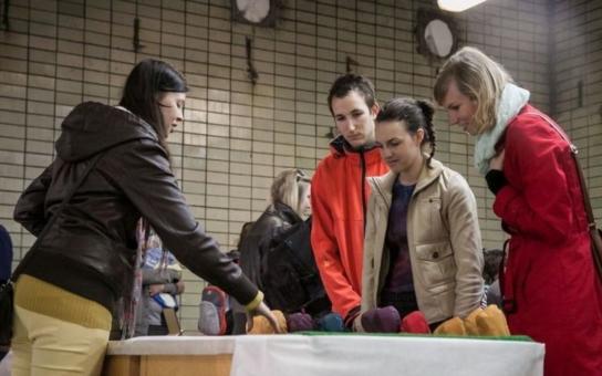 KABELKO...mánie podpoří projekt Znojemsko na dřeň, který propaguje dárcovství kostní dřeně. O Velikonocích darujte starou a kupte si novou. Pomůžete zachránit život
