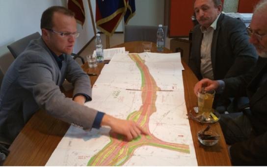 Výstavba D35 se zřejmě dále odkládá. Slib ministra dopravy vyšel vniveč... Čerpání evropských fondů by ale nemělo být ohroženo, dodává hejtman Netolický