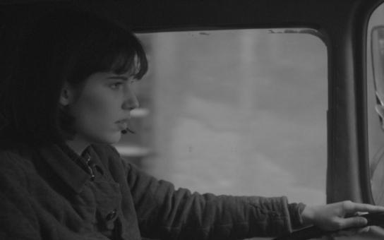 Osamělá lesba, vražedkyně... Příběh popravené Olgy Hepnarové děsí i láká; ještě po 43 letech nevíme, proč zabíjela. Co tvůrci filmu o ní radši zamlčeli?