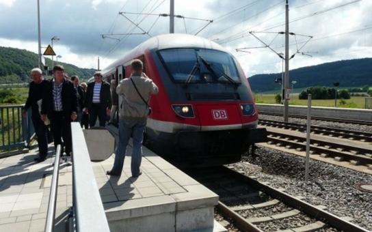 I z nejmenších obcí na Vysočině se dostanete do Prahy nejdéle za dvě hodiny. Díky vysokorychlostní trati, o jejíž stavbě se bude jednat koncem května v Třebíči a Náměšti nad Oslavou