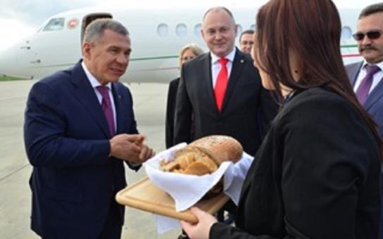 Na jižní Moravu dorazil prezident Tatarstánu. Přijel se sem podívat na umění