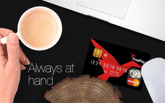 FREEPAY MasterCard: Předplacená karta nabízí uživatelům řadu výhod; jde o pohodlný a velmi bezpečný způsob placení u obchodníků i k výběrům z bankomatů, aniž byste museli mít účet