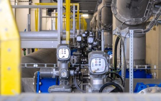 Plzeň zrekonstruovala a zmodernizovala za 1,09 miliardy korun svou úpravnu vody, díky tomu už nepotřebuje výjimku hygieny. Díky převzetí sítě od soukromé firmy mohlo město získat i dotaci z EU
