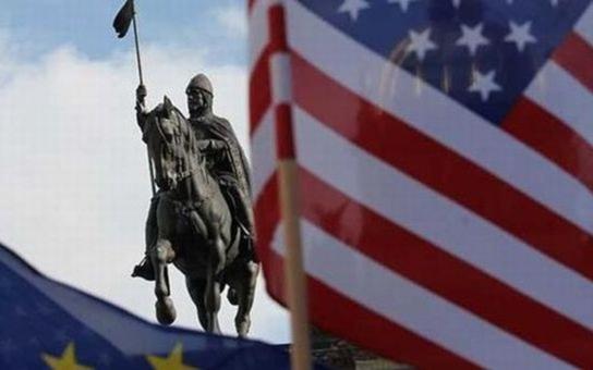 Diskriminace a násilí vůči Romům, nenávist k imigrantům, Zemanova kritika muslimů... Češi jsou zkrátka pořádným trnem v oku Američanů. Přečtěte si, jak jim to naši politici nandali