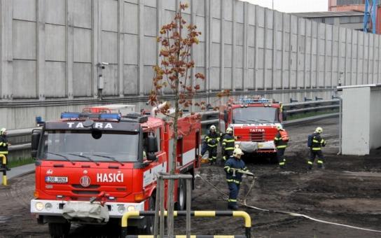 Havarijní cvičení prověřilo rychlost důlních hasičů v Elektrárně Ledvice. Hlídky zasahovaly ve výšce i na zemi a za necelou půlhodinku bylo po všem