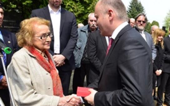 Hejtman Hašek se setkal s dcerou někdejšího prezidenta Ludvíka Svobody. Uctil dnes jeho památku