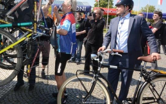 Na lince číslo 147 budou zkušebně jezdit cyklobusy. Kolo se veze zdarma, zatím jen do kopce