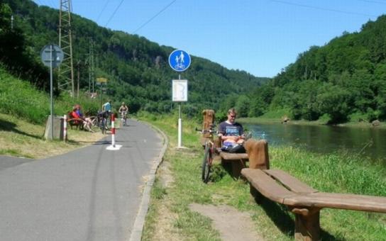 Oprava silnice z Čertovy Vody do Dolního Žlebu omezí místní i turisty. Práce mají začít již počátkem června, Labská stezka ale zůstane přesto otevřená pro cyklisty alespoň o víkendech