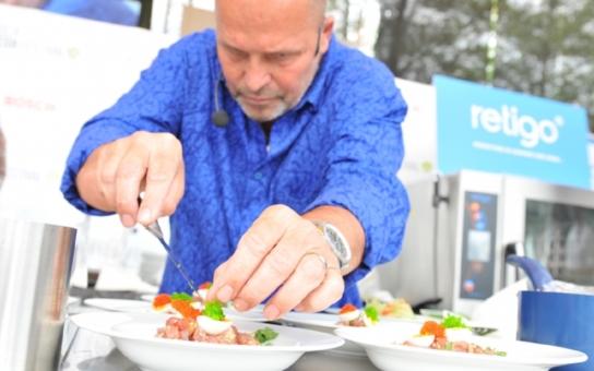 Ochutnat sklípkana, larvy či cvrčky je zážitek na celý život. Plzeňský fresh festival zažil rekordní počet návštěvníků
