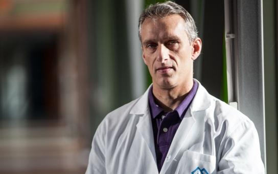 """V chirurgii nemá demokracie co dělat, říká profesor Štulík, primář z Motola. A proč nosí """"primky""""? I na to odpověděl"""