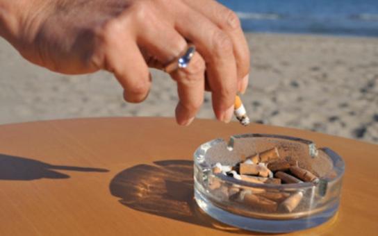 Tohle vás zaručeně překvapí: Chcete kouřit zdravě? Slunění snižuje některé negativní dopady kouření, vyplynulo ze švédské studie, zveřejněné na stránkách Journal of Internal Medicine
