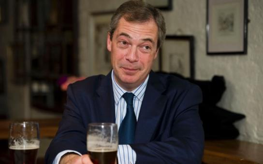VIDEO Euromasáž pokračuje, ale tutlá se, co dalšího chystá Brusel. A co nám, Čechům, vzkazuje europoslanec Nigel Farage? Jděte si pro Czexit