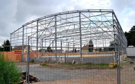 V Čáslavi roste zimní stadion. Ledová plocha bude k dispozici již nadcházející sezónu. Nebude chybět ani posilovna