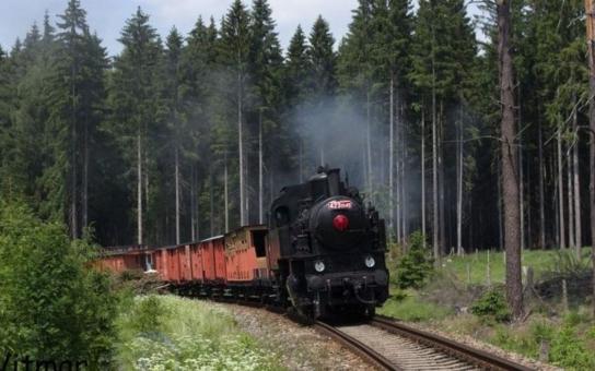 Legionáři vybojují v Bezdružicích železniční Transsibiřskou magistrálu. Do ukázky historických bojů, nazvané Vlastním pořádkem, díky nimž zkrátili první světovou válku o několik měsíců, se zapojí i replika Legiovlaku s parní lokomotivou