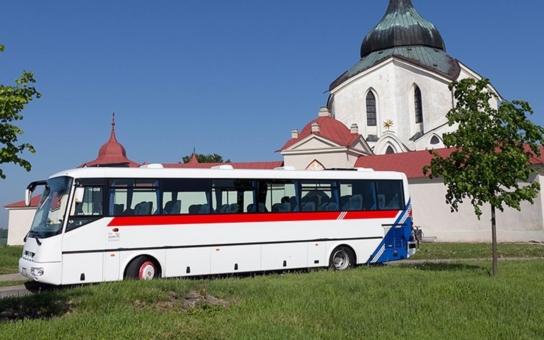 Přípravy na plánované zavedení systému Veřejné dopravy Vysočiny se dostaly do druhé poloviny, pro výběrové řízení na dopravce bude kraj rozdělen na dopravní části. Vše by mělo být hotovo do konce roku 2019