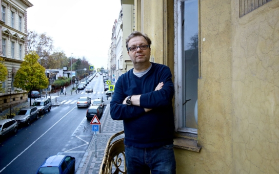 Milan Šteindler poprvé po letech o krachu svého manželství, těžkých depresích, smrtích, které zažil, i o tom, jak vážně uvažoval o sebevraždě. A odchodu z Česka