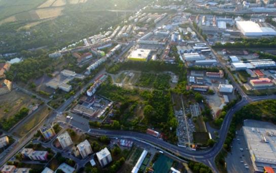 Znojemští radní schválili podobu komerční stavby v Malé Louce. Je atypická. Podívejte se i vy