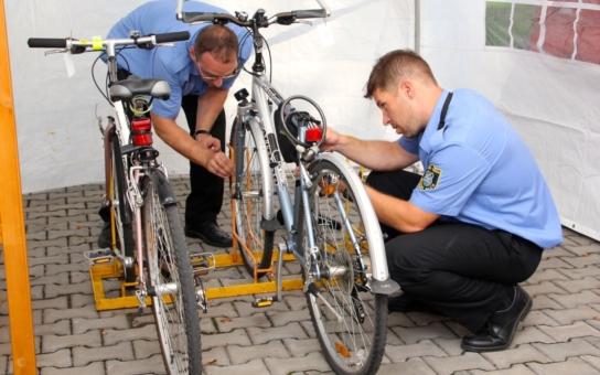 Frýdek-Místek v dubnu spustí značení jízdních kol pomocí syntetické DNA. Dostane se ale také na invalidní vozíky a koloběžky