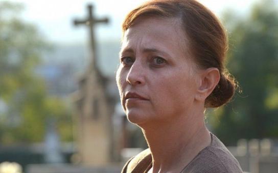 Chybí mi Karlovo poplácání po zadečku, říká herečka Alena Mihulová. Vztah s legendárním režisérem Kachyňou tajila deset let. A jaké tajemství pro změnu tajila zase její dcera před ní?