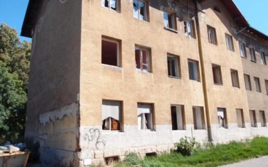 Přerovští radní chtějí koupit zpět někdejší romské ghetto ve Škodově ulici. Nejdřív chtějí odklidit suť, pak pravděpodobně nabídnou pozemek investorovi