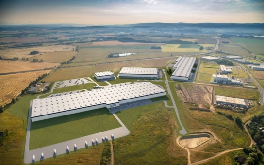 V Chebu roste druhá největší logistická hala v republice. Region tak získá až 350 nových pracovních míst. Zahájení provozu chce investor stihnout ještě do konce roku, druhá fáze výstavby bude dokončena příští léto