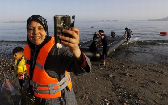 Jak vlastně probíhá masová migrace? O jejím zákulisí otevřeně mluví mladá Syřanka, která ale raději chce zůstat v anonymitě. Díky ní víme, kolik cesta stojí a kdo ji organizuje!
